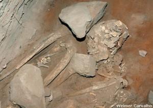 esqueleto 11 mil anos