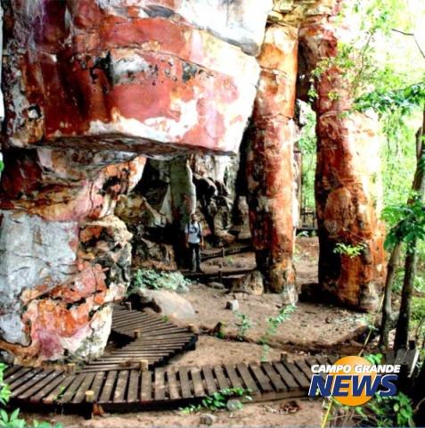 sitio arqueologio de alcinopolis