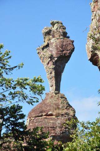pedra do calice serra das galeas em Parauna